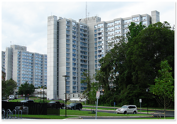 The Christiana Towers in 2006